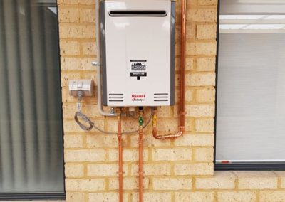 Rinnai hot water system install